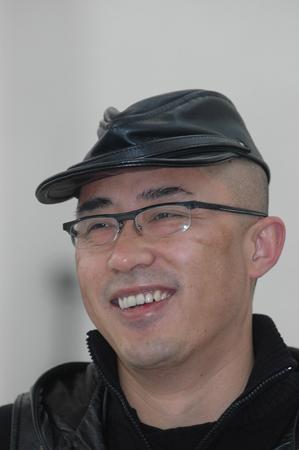 Yang Shaobin artist
